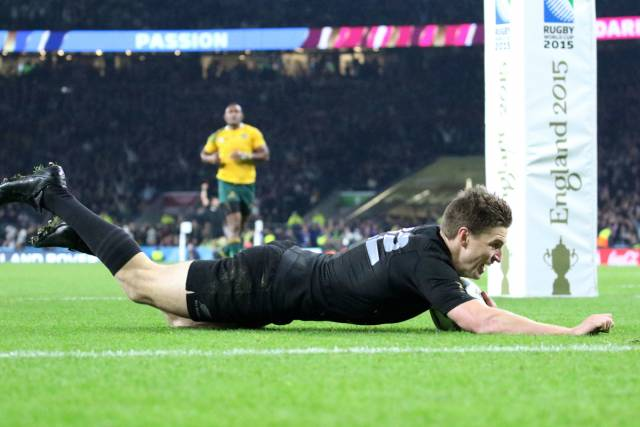 Beauden Barrett - New Zealand replacement dives over the line
